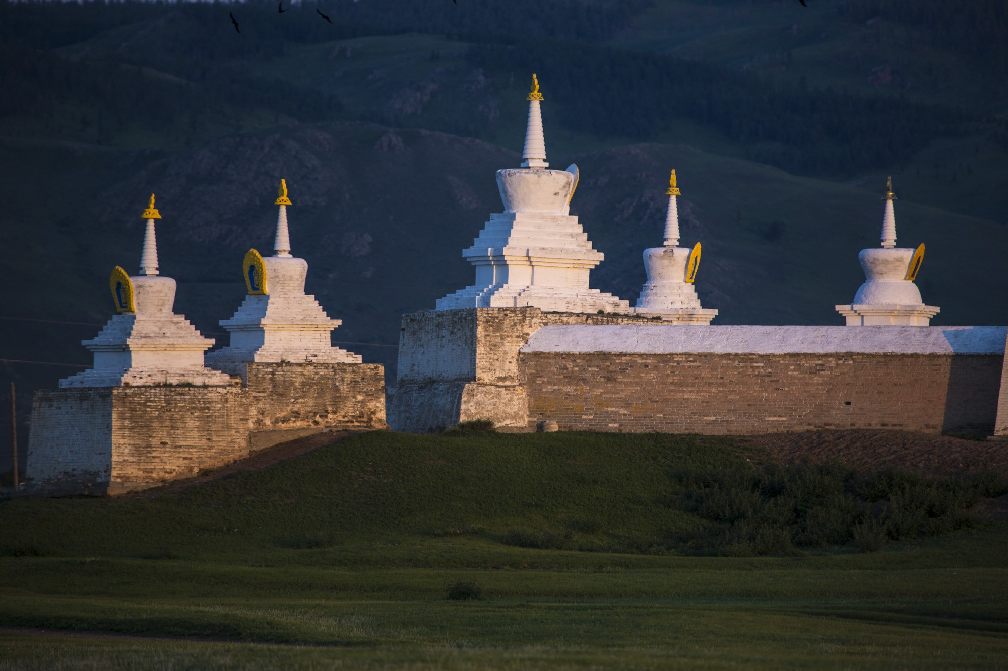 Stubas auf der Mauer des Klosters Erdene Dsuu